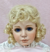 Callie 14/15 Pale Blonde Crowning Glory Wig
